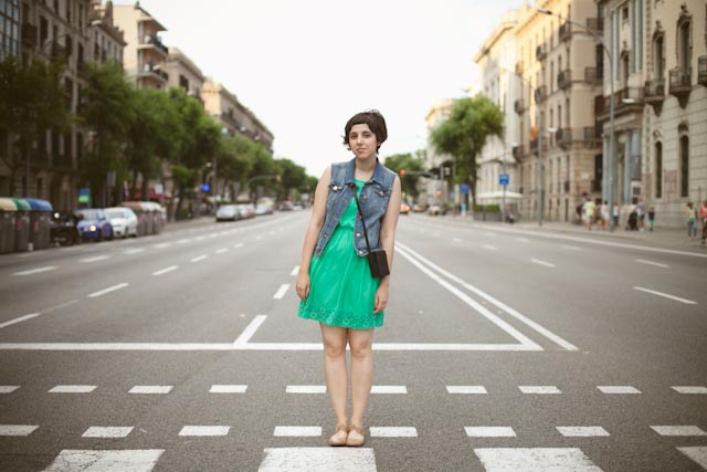 Barceloneta crossing - the cat, you and us