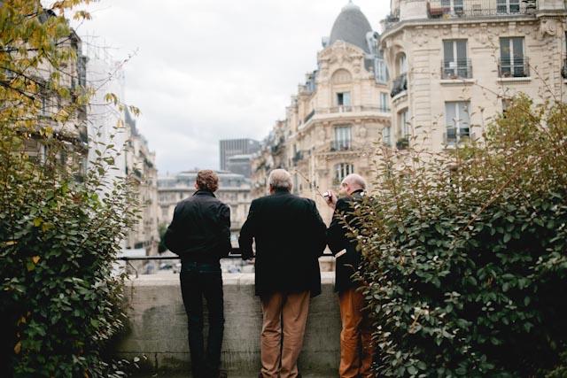 Paris buildings views - The cat, you and us