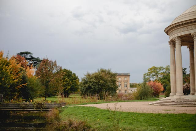 Le petit trianon gardens - The cat, you and us