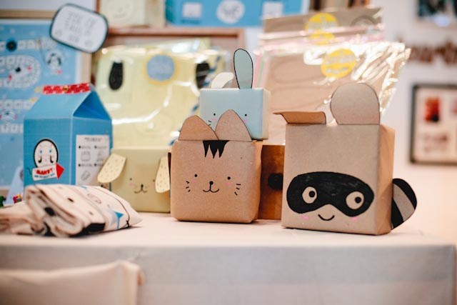 Cute gifts - The cat, you and us