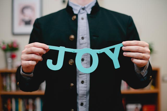 Joy - The cat, you and us