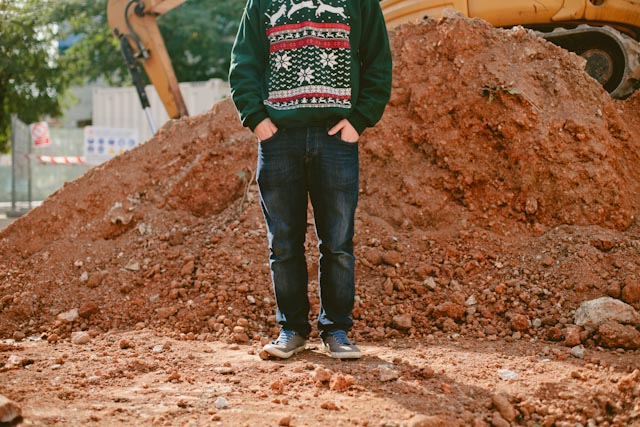 Cat sweater and construction ground - The cat, you and us