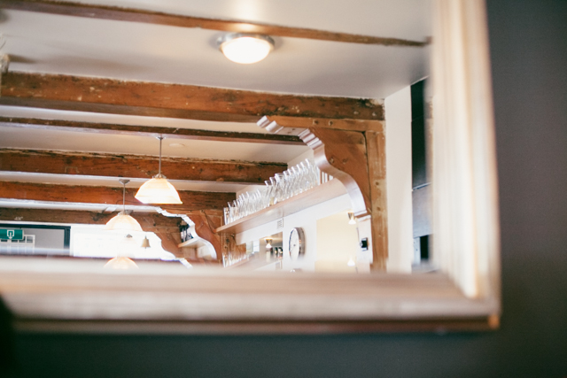 Winkel's pretty wood beams - The cat, you and us