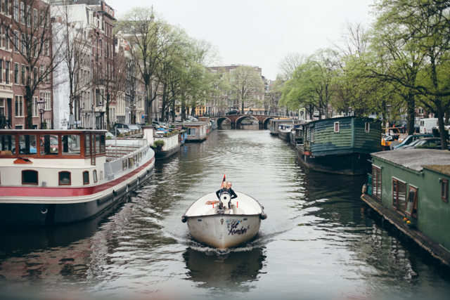 Amsterdam canal boats - The cat, you and us
