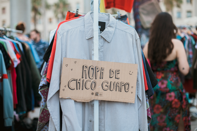 Ropa de chico guapo - The cat, you and us