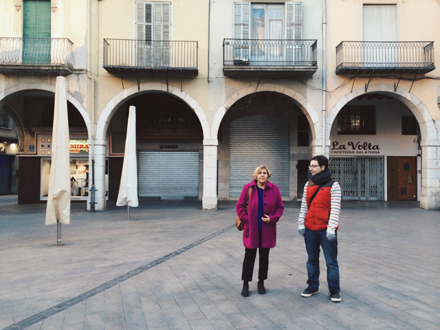 Figueres - The cat, you and us