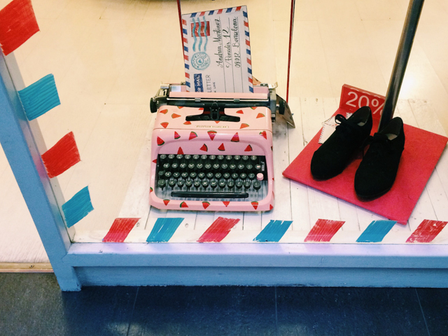 Watermelon typewriter - The cat, you and us