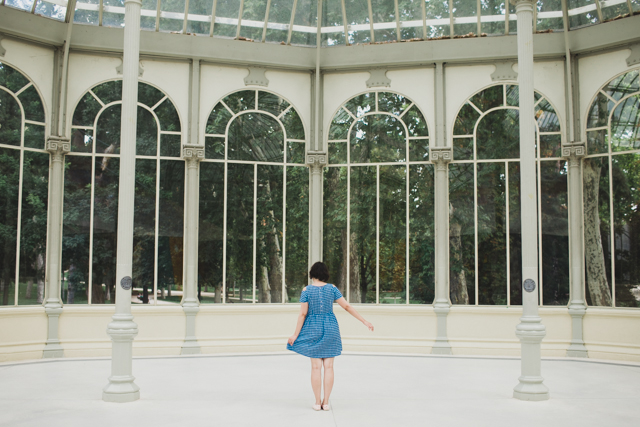 Palacio de Cristal - The cat, you and us