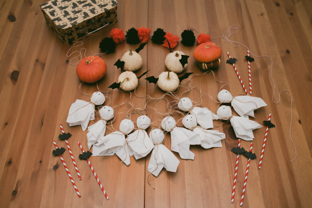 Halloween super easy DIY decor - The cat, you and us