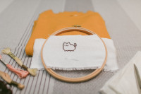 Pusheen cross-stitch DIY for a sweater - The cat, you and us