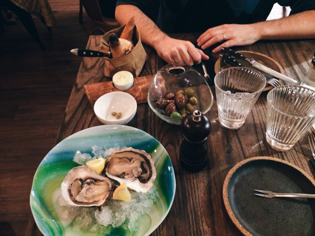 Oysters at La Vermuteria - The cat, you and us