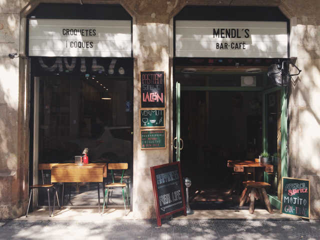 Mendl's Barcelona - The cat, you and us