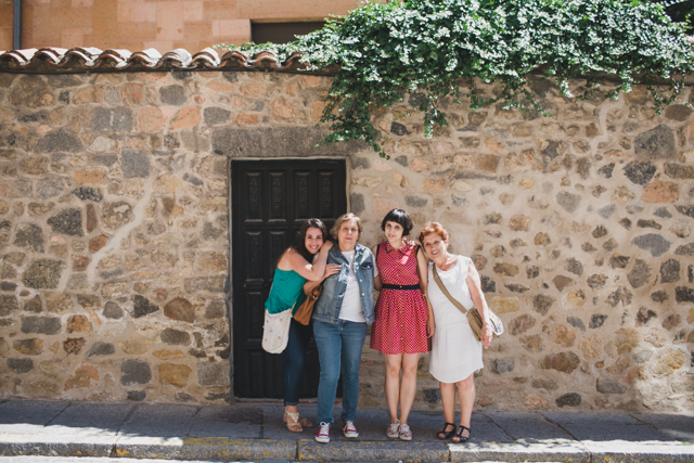 Segovia with the family -The cat, you and us