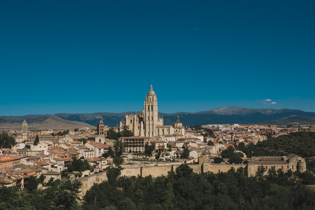 Segovia - The cat, you and us