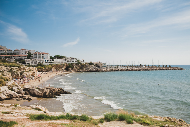 Sitges - The cat, you and us