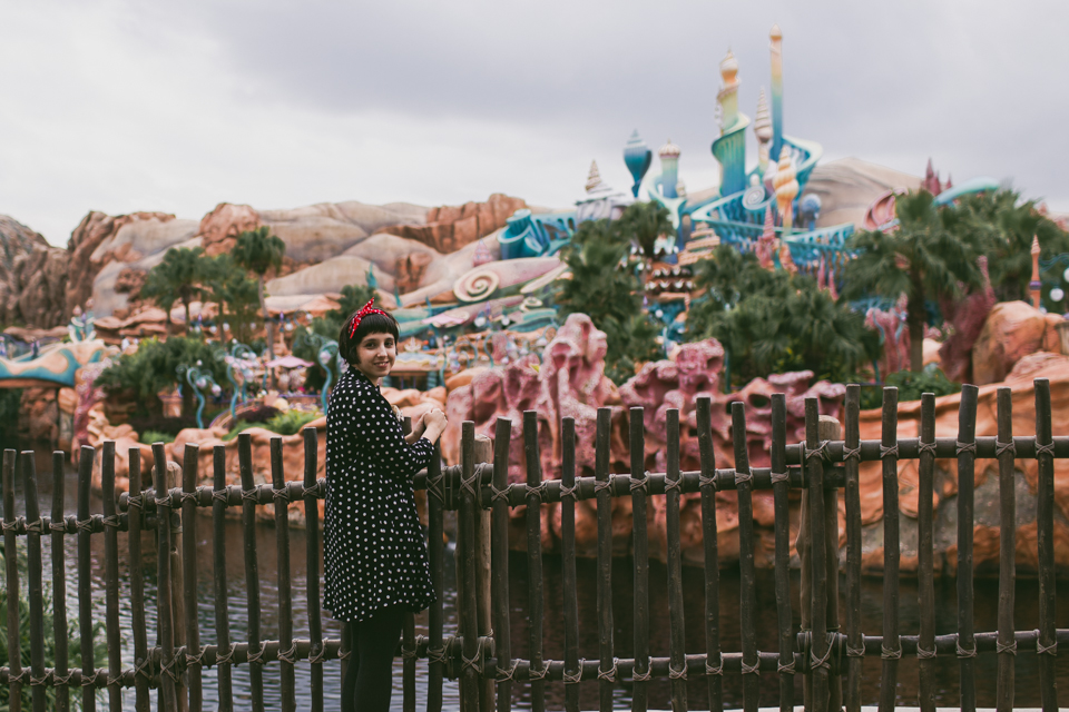 Tokyo DisneySea Mermaid Lagoon - The cat, you and us