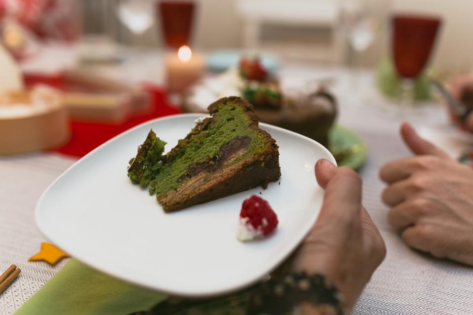 Christmas eve matcha cake - The cat, you and us