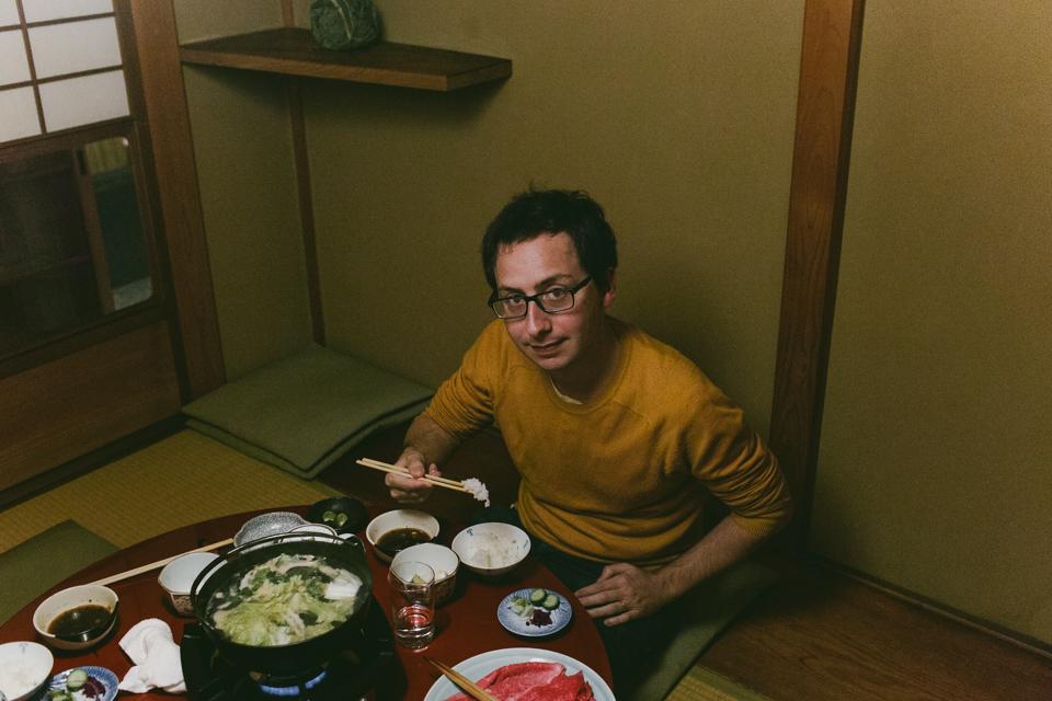Sukiyaki Kyoto - The cat, you and us