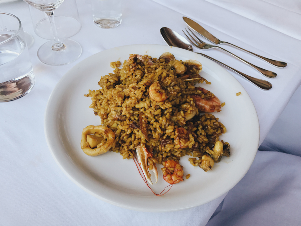 Seafood Paella - The cat, you and us