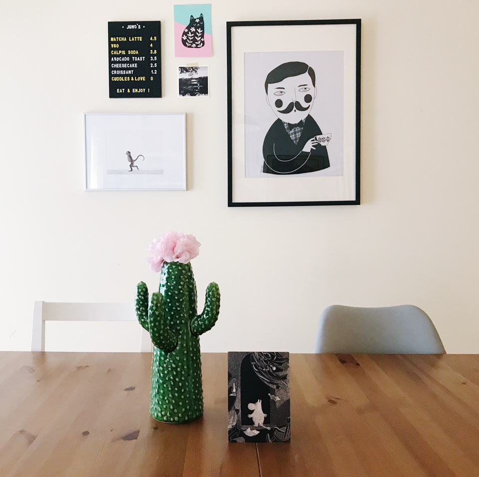 Cactus vase & Moomin - The cat, you and us