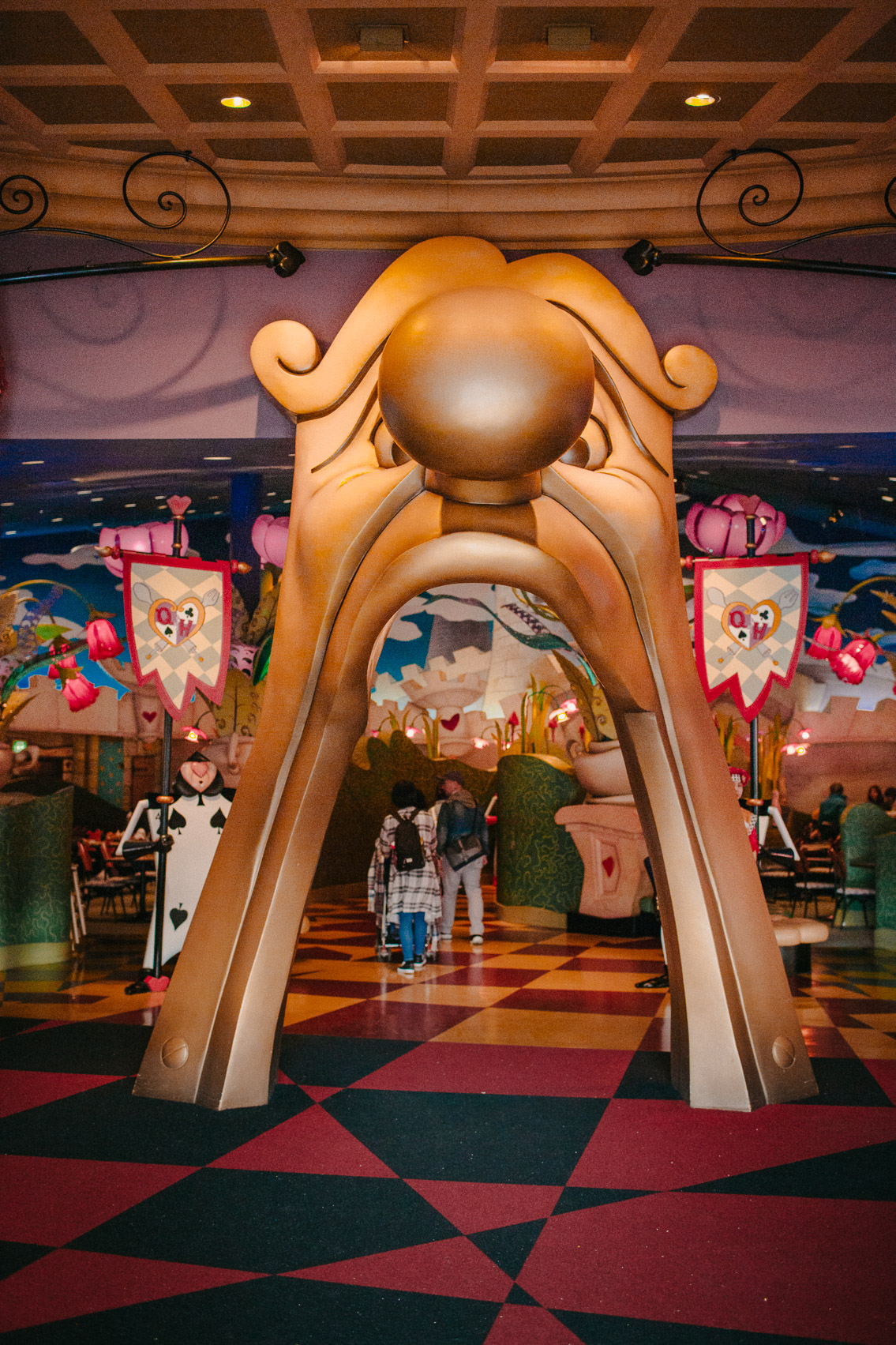 Tokyo Disneyland Queen of Hearts Banquet Hall - The cat, you and us