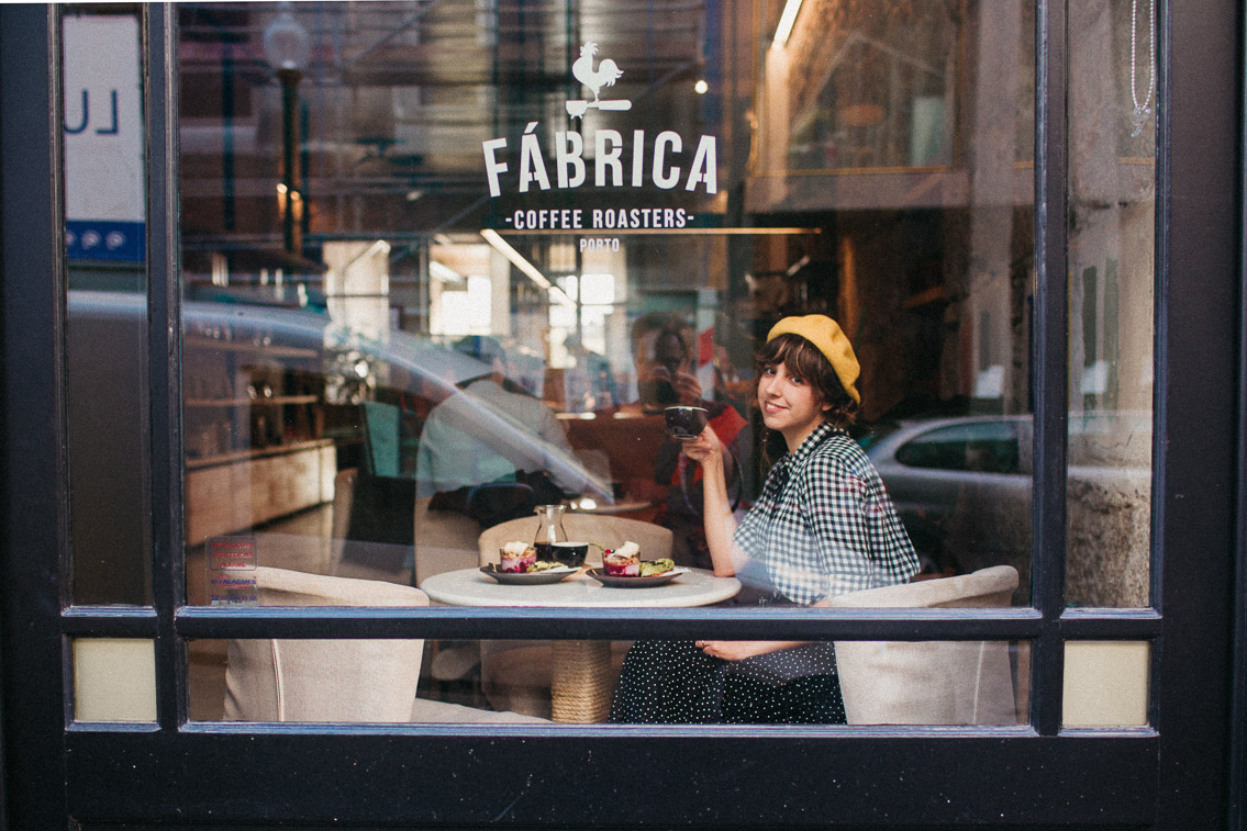 Fábrica Coffee Roasters Porto - The cat, you and us