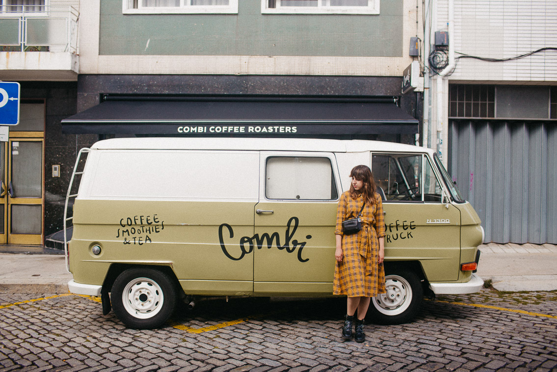 Combi coffee - The cat, you and us