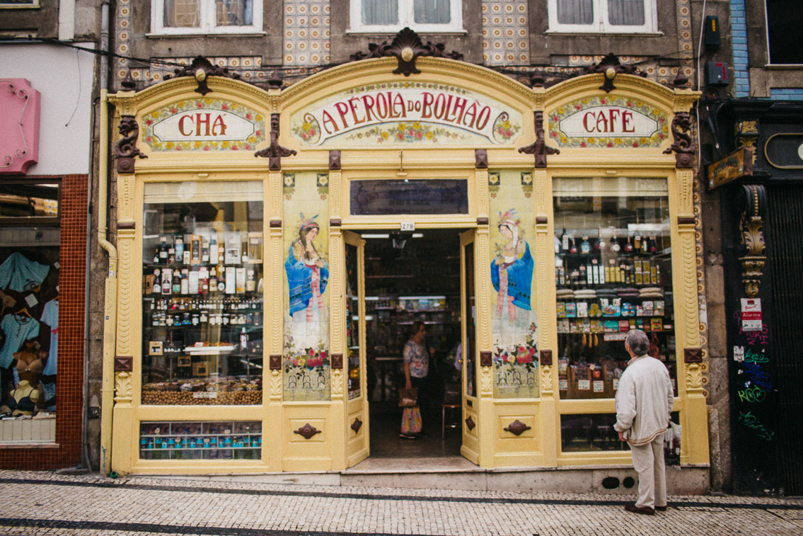 A perola do bolhao Porto - The cat, you and us