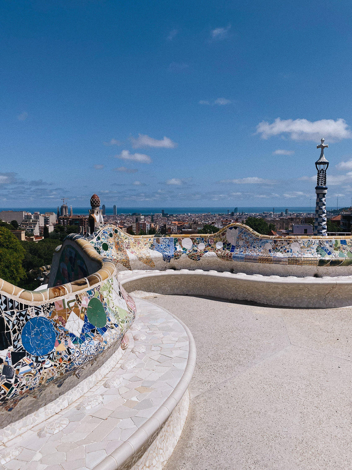 Park Guell Barcelona 2020 - The cat, you and us