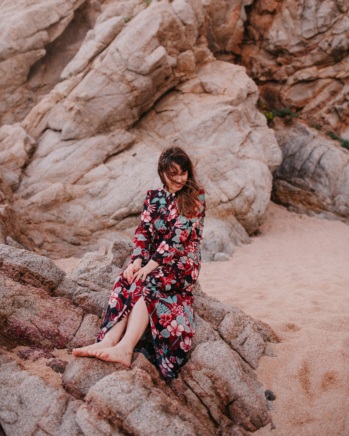 Cala Boadella uncharted beach King Louie dress - The cat, you and us